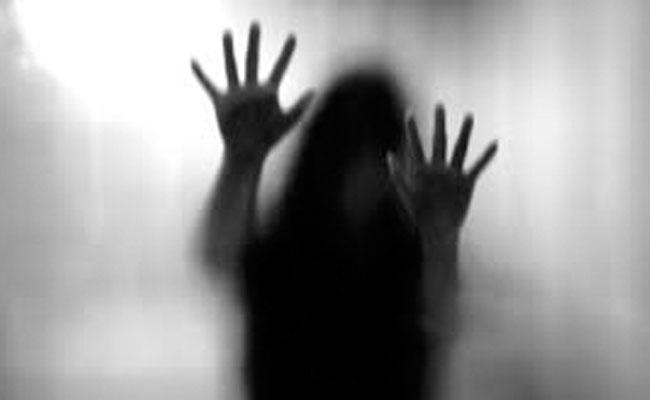 Teenager Molested Woman Teacher In Pakistan - Sakshi
