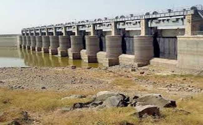 The Government Is Planning To Implement Two Lifting Schemes On NizamSagar - Sakshi