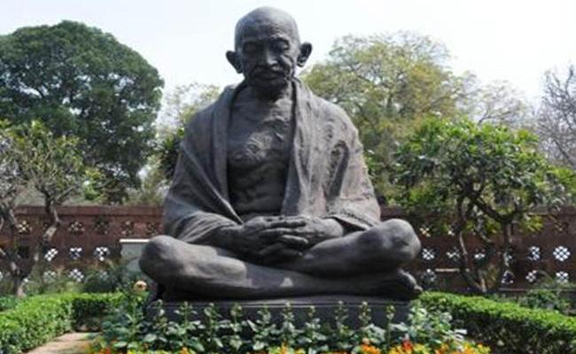 Gandhi Jayanti Celebrations Going On In Khammam - Sakshi