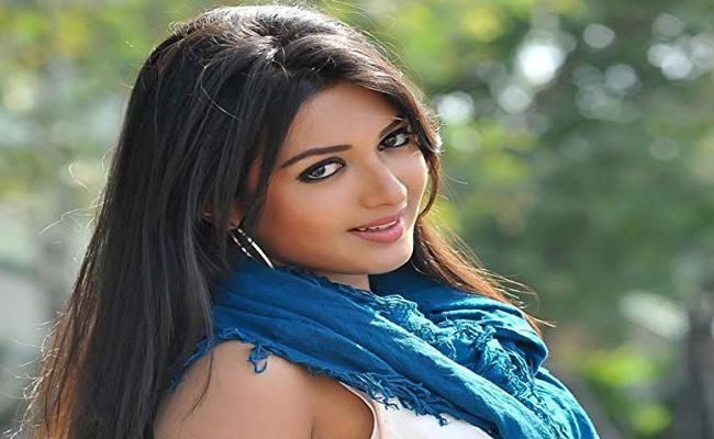 Catherine Tresa Suffering From Anosmia disease - Sakshi