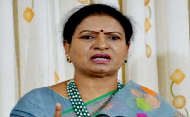 DK Aruna Comments On KCR  - Sakshi