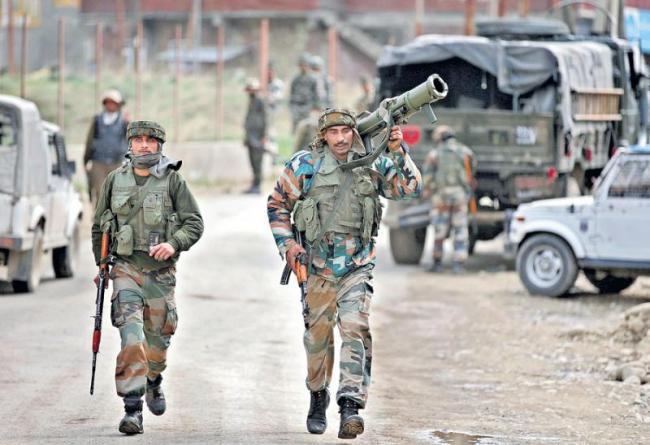 Indian Army launches artillery attack on terror camps in PoK - Sakshi