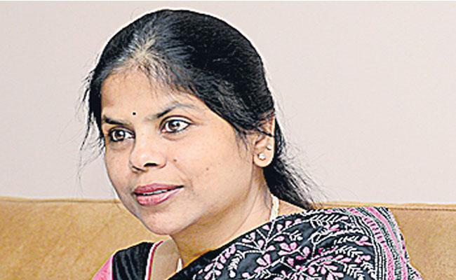 Karuna Sri Research On Flower Plants - Sakshi