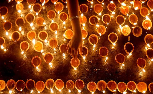 Line Of Light At Diwali Throw Away Darkness In Your Life - Sakshi