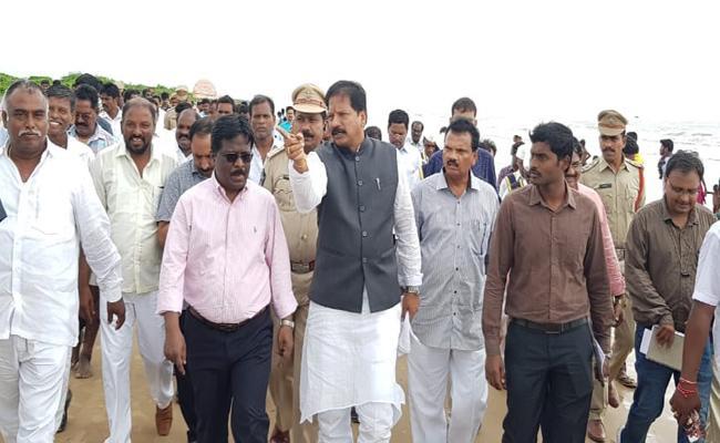 Deputy Speaker Kona Raghupathi Conducted Meeting Over Karthika Pournami In Guntur  - Sakshi