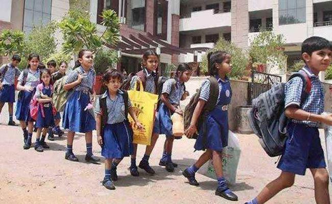 Schools Are Reopen In Telangana After 24 Days - Sakshi