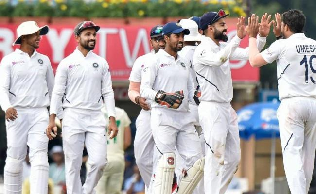 India Clinch 1st Ever series Whitewash Of South Africa - Sakshi