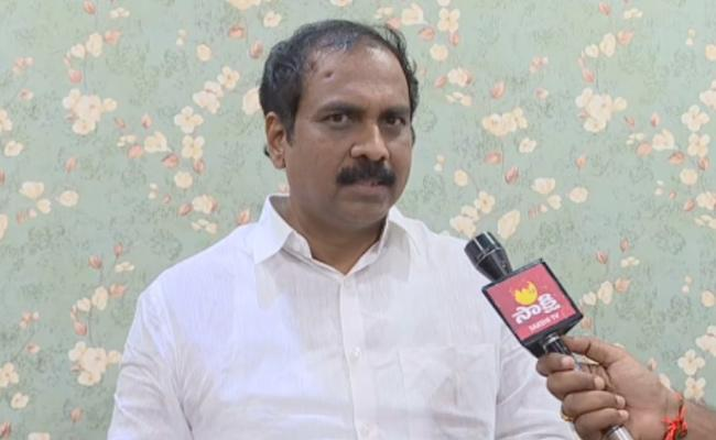 Minister Kannababu Said Royal Vasista Boat Operation Success - Sakshi