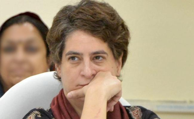 Why Priyanka Gandhi Did not Campaign in Maharashtra, Haryana Polls - Sakshi