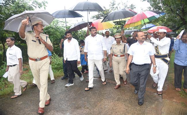Government Decide On Setting Up Of Medical College In Vizianagaram - Sakshi