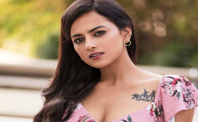 Shraddha Srinath Opens About her weight Loss - Sakshi