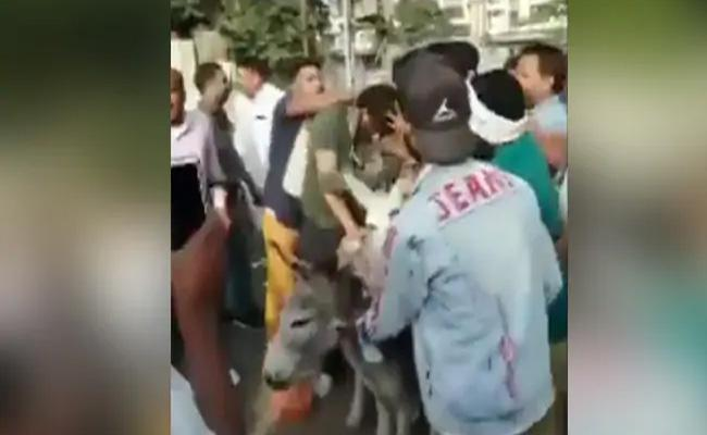 Two BSP Leader Garlanded With Shoes And Paraded On Donkey In Rajasthan - Sakshi
