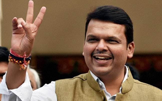 Maharashtra Elections Results 2019: Devendra Fadnavis Leads In Nagpur - Sakshi