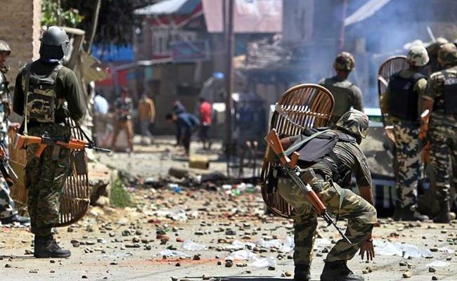 Gollapudi Maruthi Rao Guest Column On Jammu  Kashmir Police - Sakshi