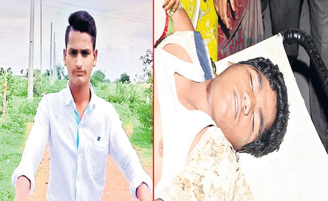Two Students Commits Suicide In Ranga Reddy District - Sakshi