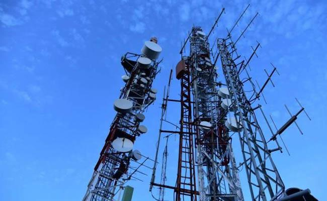 Huge setback for telcos as Supreme Court asks them to pay Rs 92,000 cr to govt - Sakshi