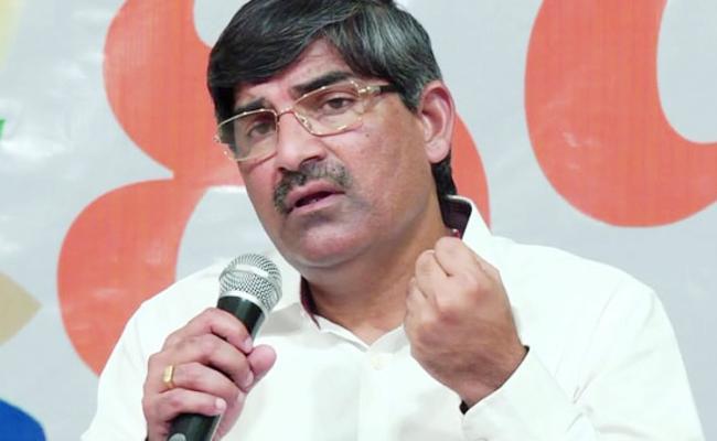 CS LV Subramanyam Orders Govt Will Take Action On Financial frauds - Sakshi