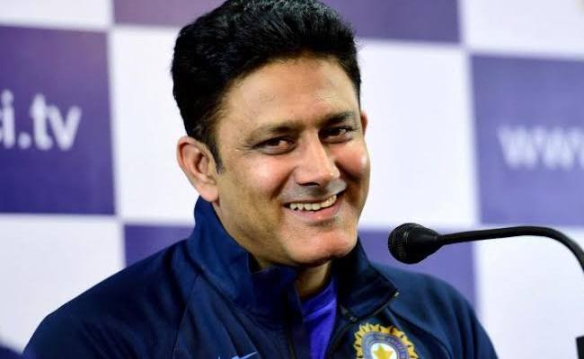 Kumble Backs Kohli's Formula For Test Cricket - Sakshi