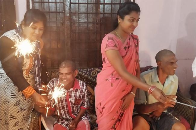 Vi for Orphans Celebrate Diwali at Lahari Old Age Home at Narapally - Sakshi