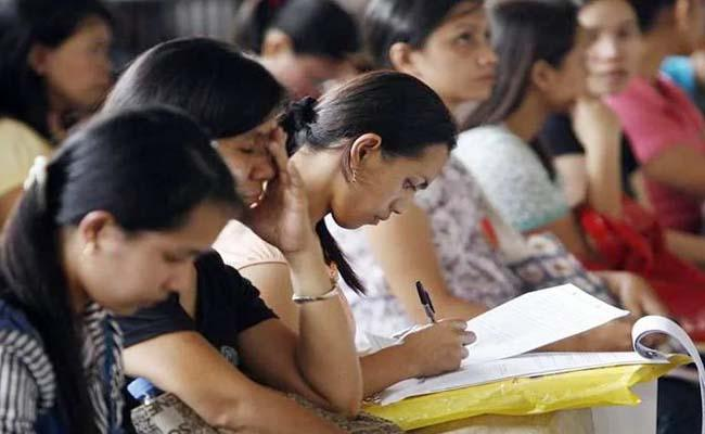 Job creation drops to 13 lakh in August from 14.49 lakh in July: ESIC payroll data - Sakshi