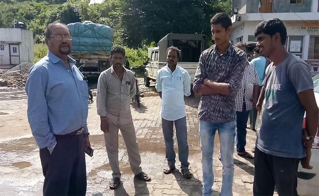 Rain Water Instead Of Diesel In Petrol Bunk - Sakshi