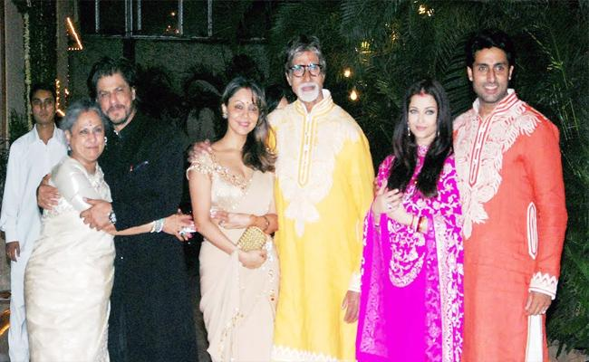 Amitabh Bachchan Host To This Diwali Bash At His Home After Two Years - Sakshi