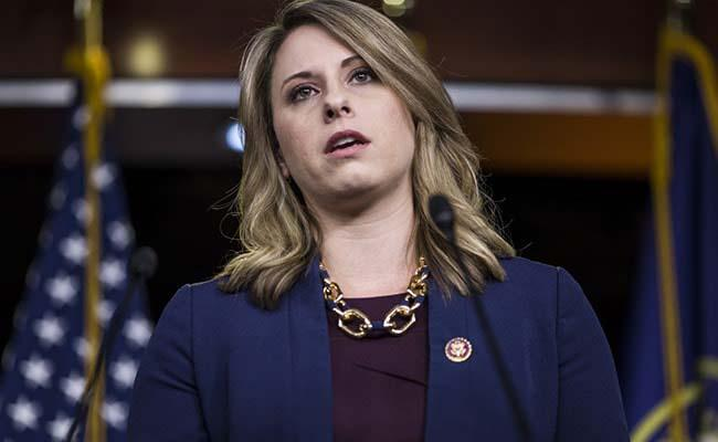US Lawmaker Quits Amid Allegation Of Sexual Relationship - Sakshi