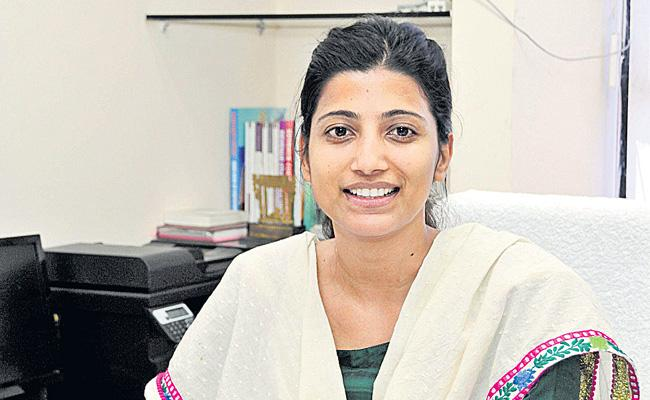 IAS Kata Amrapali Appointed In Central Services - Sakshi