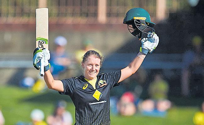 Australia Alyssa Healy Smashes World Record T20 Century In Win Over Sri Lanka - Sakshi