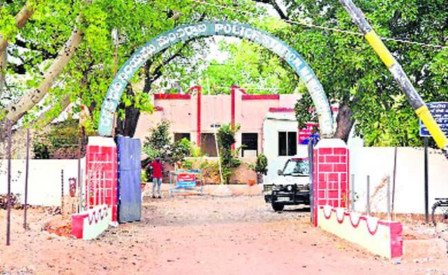 Circle Inspector Not Appointed In Mancherial District - Sakshi