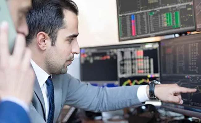 stockmarkets opens in Red - Sakshi