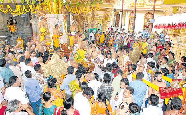 IVR Krishnarao Article On Priests - Sakshi