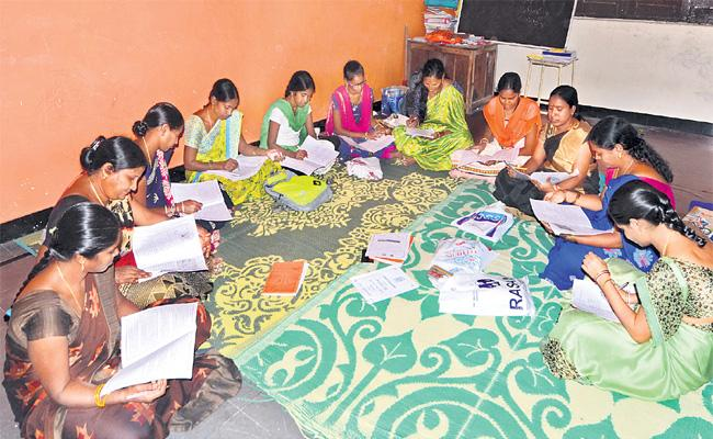 Balapur Youth Give Women Education In Family - Sakshi