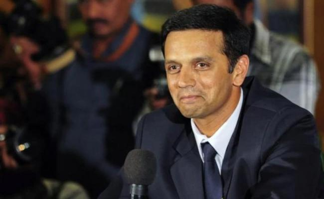 Dravid To Attend Before BCCI Ethics Officer In Conflict issue Again - Sakshi