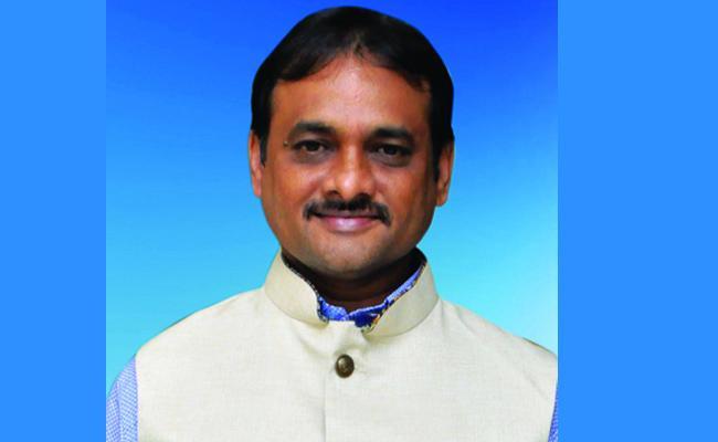 Producer Arrest inCheating Case Tirupati - Sakshi
