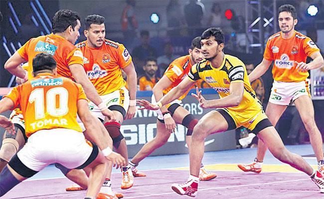 Pro Kabaddi League Puneri Paltan Beat Telugu Titans 53-50 - Sakshi
