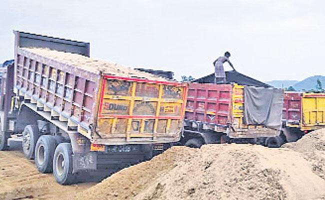 Sufficient Sand Available At Stock Yards In Andhra Pradesh - Sakshi
