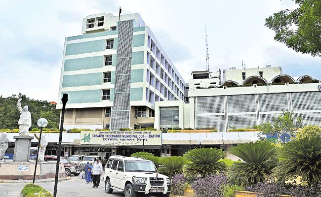 No Wages For GHMC Employees - Sakshi