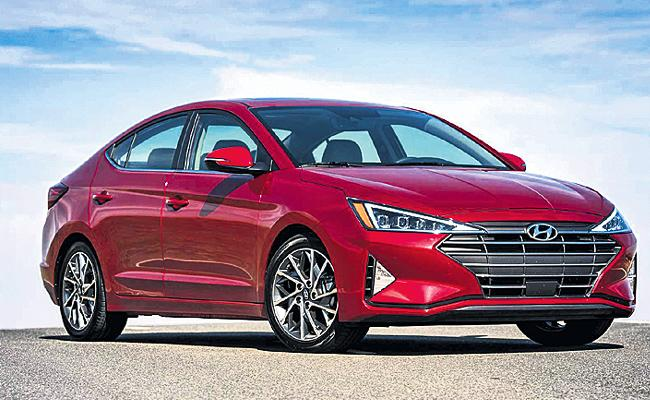 Hyundai launch New Elantra - Sakshi