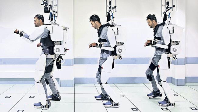 A mind-controlled exoskeleton helped a man with paralysis walk again - Sakshi