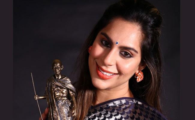Upasana Shares Award Receiving Moments Of CSR Leadership - Sakshi