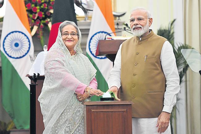PM Modi holds talks with Bangladesh PM Sheikh Hasina - Sakshi