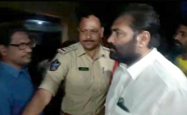 Nellore Rural MLA Kotamreddy Sridhar Reddy Arrested - Sakshi