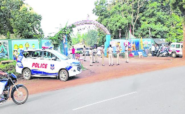 RTC Bus Strike In Ranga Reddy - Sakshi