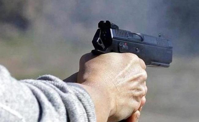 Man Killed His Girlfriend And Family Members In Australia - Sakshi