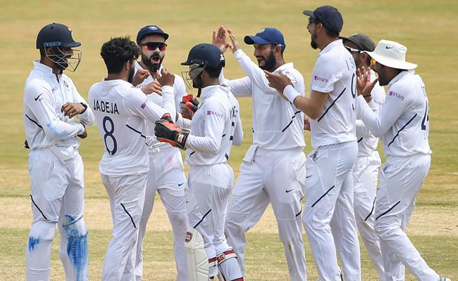 Team India Beat South Africa By 203 Runs - Sakshi