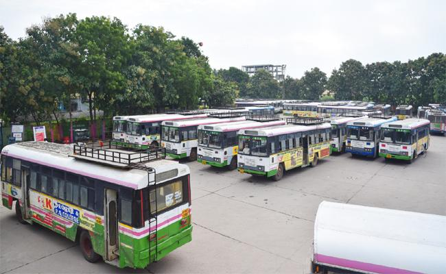 Officers Made Alternate Arrangements Due to the RTC Strike in Nizamabad District - Sakshi