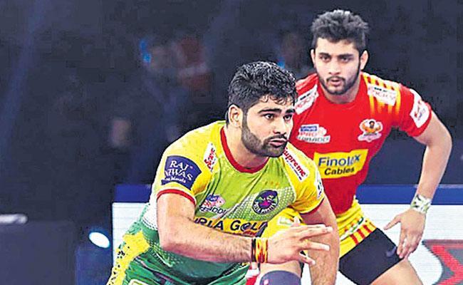 Patna Pirates Beat Bengal Warriors 69-41 - Sakshi