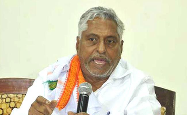 MLC Jeevan Reddy Fires On CM KCR - Sakshi