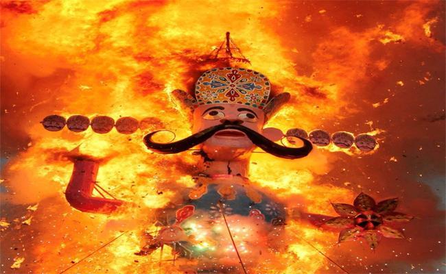 Adivasis Demanded To Not Burn Ravana Effigy On Dussehra - Sakshi